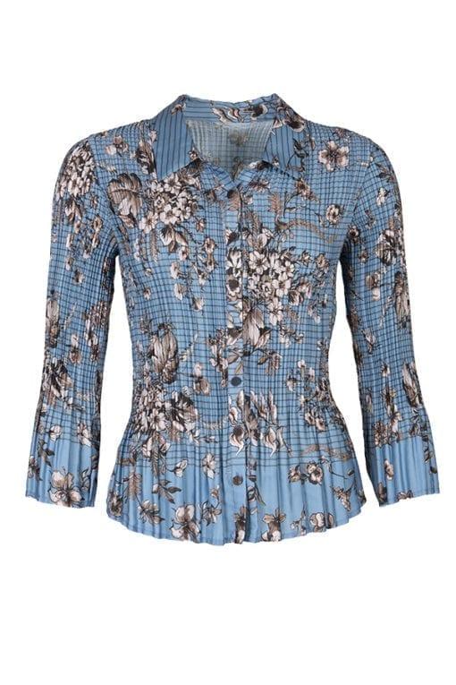 Kriss Sweden   Blus Lucy   Plisserad blus i matt satin med blått och brunt blommönster samt en smal rand i printet. Shoppa idag på kriss.eu
