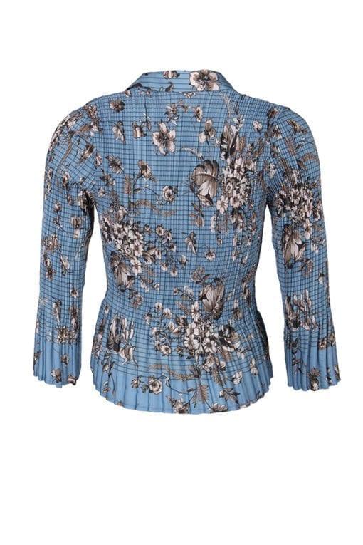 Kriss Sweden | Blus Lucy | Plisserad blus i matt satin med blått och brunt blommönster samt en smal rand i printet. Shoppa idag på kriss.eu