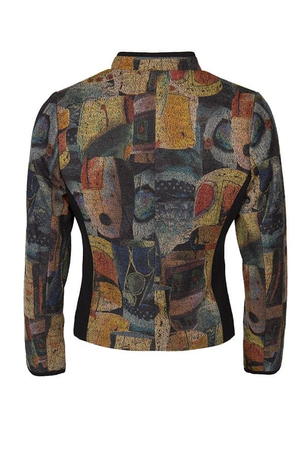 Jacka Joulie Dressad jacka med snygga snitt som är mycket bekväm att bära.